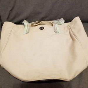 Lululemon Beach Breaker Bag NWOT